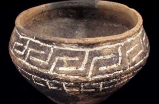 bronze-age-inlaid-pot